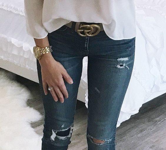 Стиль в простоте: джинсы и белый топ — лучший тандем этой весны