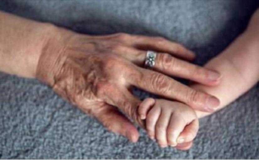 Бабушка по линии матери — самый главный человек в жизни ребенка!
