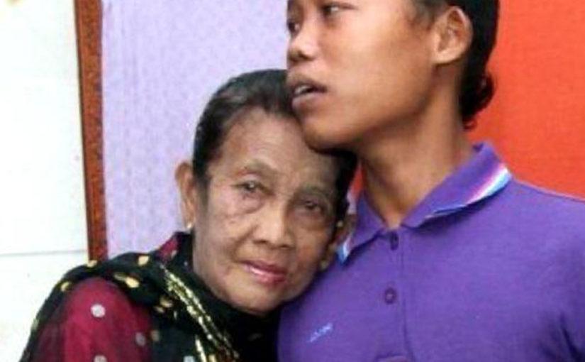 Ревнивий 16-річний чоловік замикає 71-річну дружину в будинку — щоб її «не вкрали»